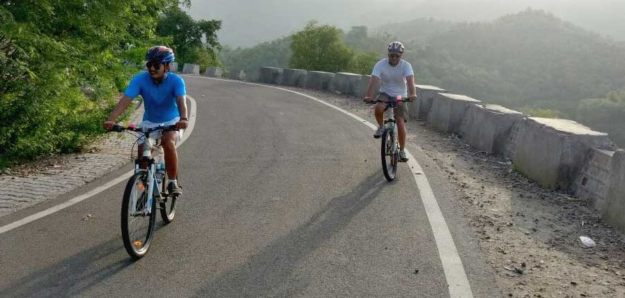 Nahargarh Fort Cycling Tour